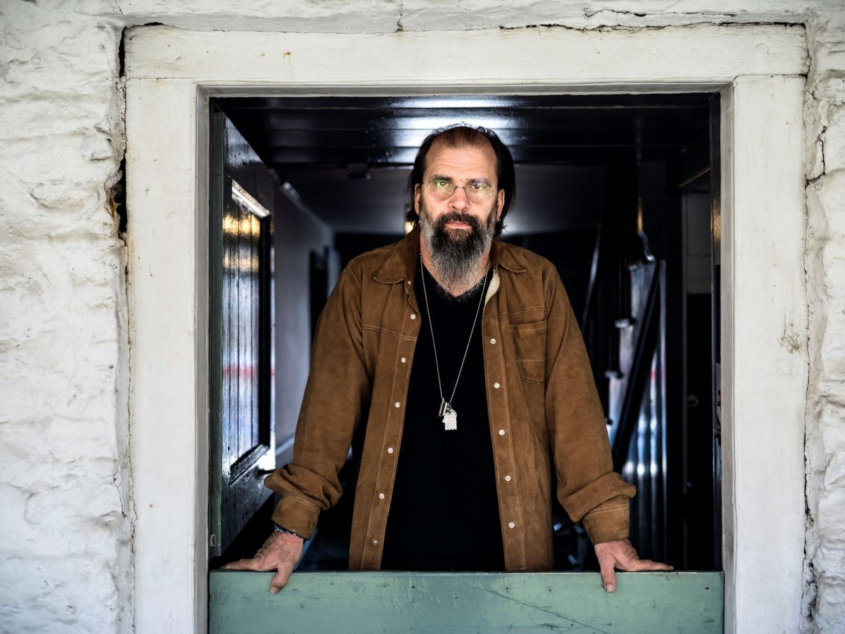 Three-time Grammy Award recipient and 11-time Grammy nominee Steve Earle arrives at Perth Concert Hall
