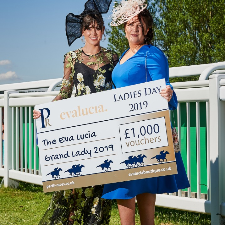 Jennifer Eadie was chosen at the VIP Grand Lady winner and bagged herself £1000 voucher for Eva Luciia - Well deserved!